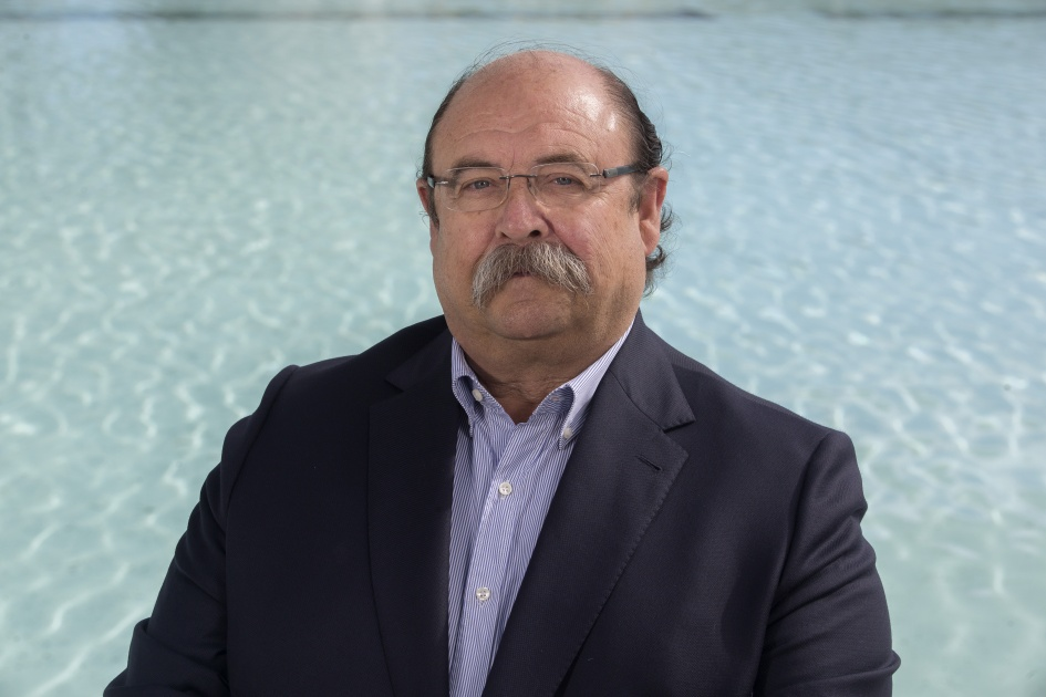 Dr. D. Manuel Yarza Cañellas